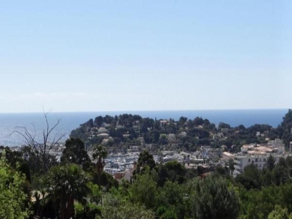 Hotel Pictures: Rental Apartment Mimosas, Cavalaire-sur-Mer