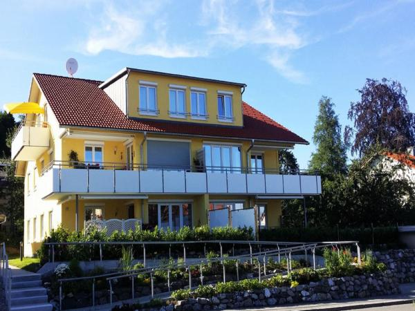 Hotel Pictures: Ferienwohnung Court, Scheidegg