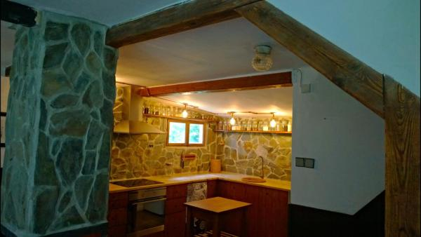 Hotel Pictures: Rustic Cottage in Czech Paradise, Spálov