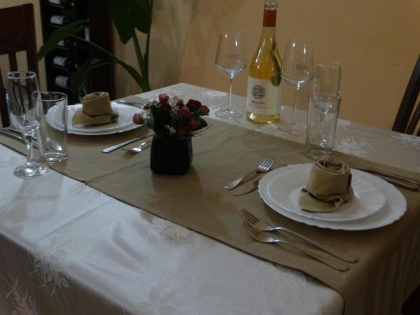 Hotelbilleder: Semeen Hotel Han Dyavolski Vodi, Pastra