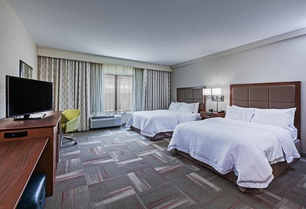 Queen Room with Two Queen Bed - Mobility/Hearing Accessible
