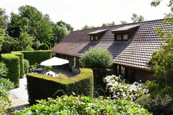 Hotel Pictures: Holiday Home 't Westkanterhof, Bassevelde