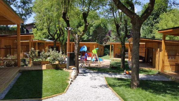Hotel Pictures: Càmping Els Roures, Sant Pau de Seguries