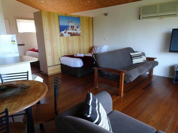 酒店图片: #22 Korora Palms - 1 Bedroom Bure, 科夫斯港