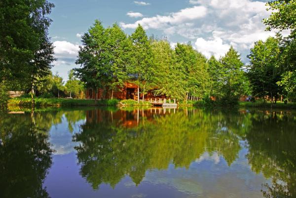 Hotel Pictures: Baza Otdyha Slutskiy Hutorok, Kirovo