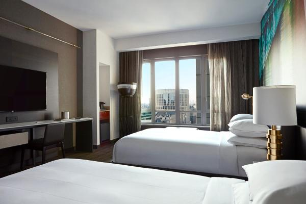 Deluxe View Room with Two Double Beds