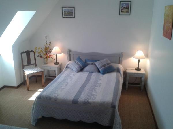Hotel Pictures: La Ferme de Lacalm, Sanvensa