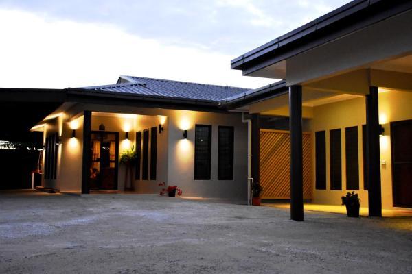 Hotel Pictures: Westfield Homestay Fiji, Nadi