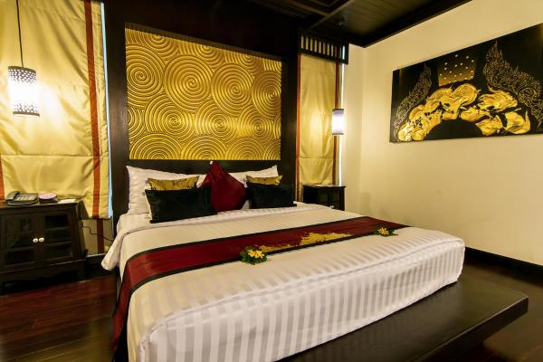 Premier Double Room with Pool Access
