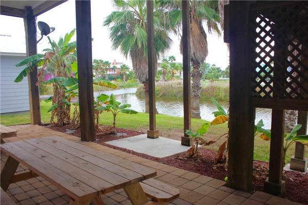 Фотографии отеля: Beachy Keen - Five-Bedroom Holiday Home, Port Aransas