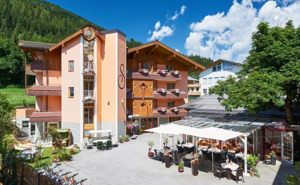Foto Hotel: Hotel Schwaiger, Eben im Pongau