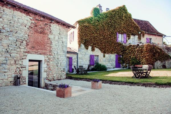 Hotel Pictures: Le Hameau Des Saveurs, Saint-Pierre-Lafeuille