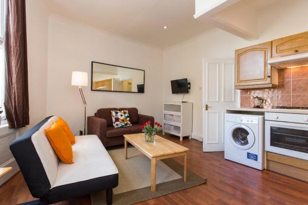 Hotel Pictures: Essex Road Flat, London
