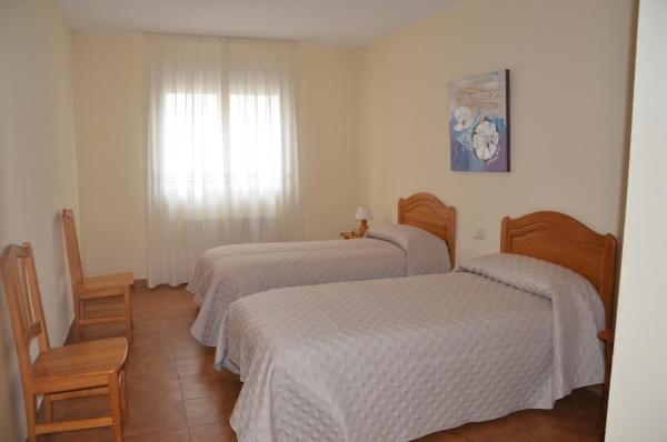 Hotel Pictures: , Aldeanueva de Guadalajara