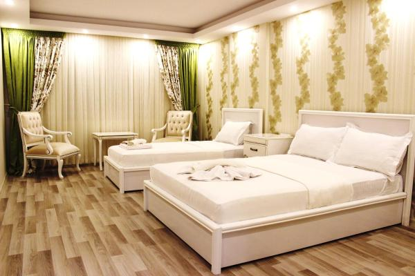Comfort Triple Room with City View