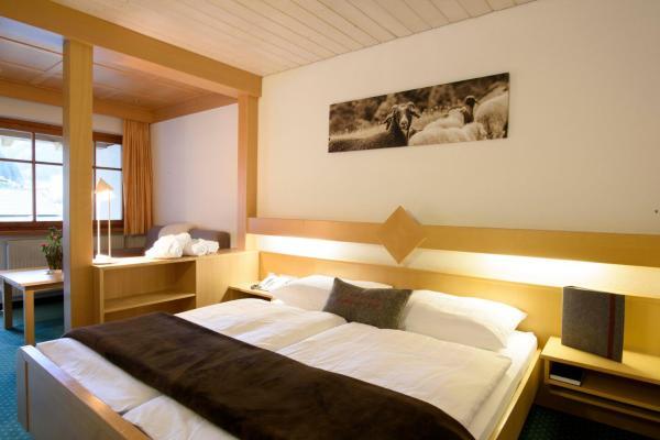 Foto Hotel: Hotel Sonnblick, Gaschurn
