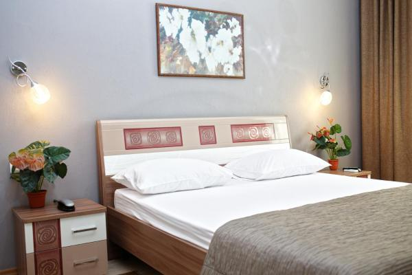 Standard Two-Bedroom One Double Bed