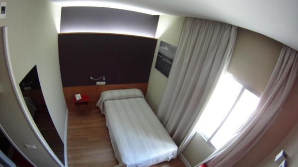 Hotel Pictures: Hotel Autogrill La Plana, Burriana