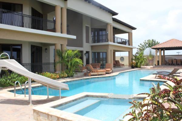 Hotelbilleder: Luxury Ocean View Villa, Palm-Eagle Beach