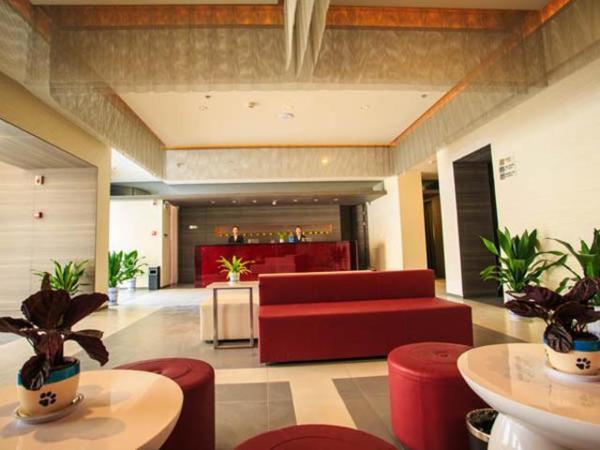 Hotel Pictures: Jinjiang Inn Select Wuhan Optics Valley Avenue Lingjie Road Institute of Communications, Liufangling