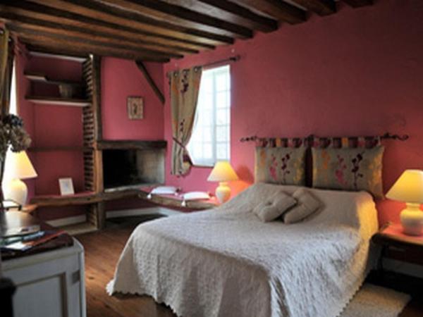 Hotel Pictures: Aux Fleurs de Cerises, Le Plessis-Luzarches