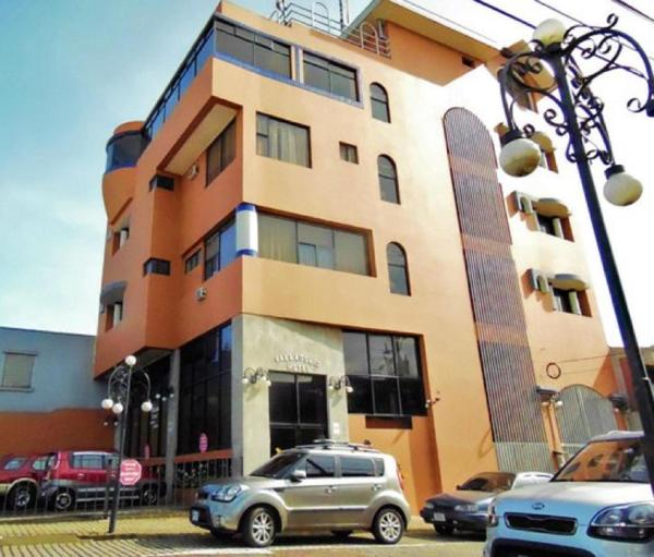 Hotel Pictures: Hotel Valladolid, Heredia