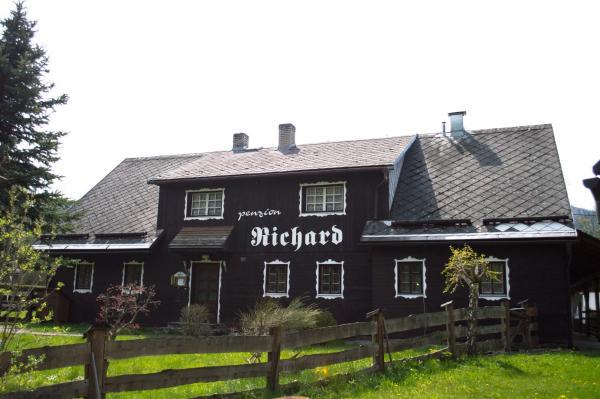 Hotel Pictures: Penzion Richard, Bělá pod Pradědem