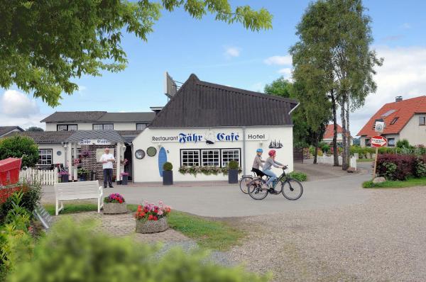 Hotel Pictures: Hotel-Restaurant Faehr-Cafe, Niesgrau