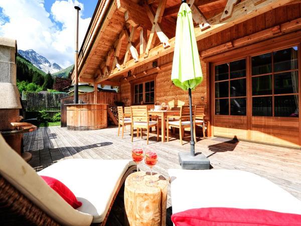 Фотографии отеля: Luxury Chalets Wiesenruh, Бихльбах