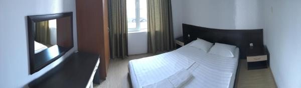 Hotel Pictures: New Town Private Apartment, Obzor