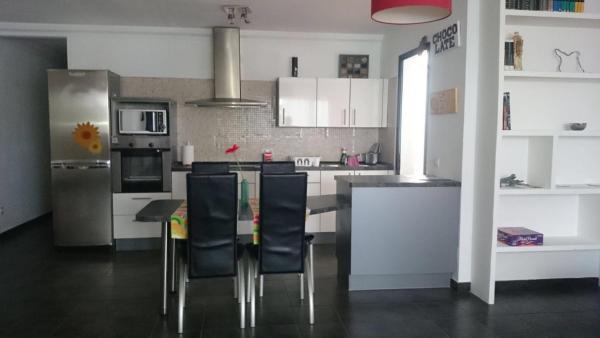 Hotel Pictures: La Olla House, Famara