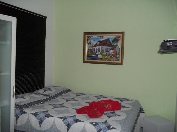 Hotel Pictures: Lilian Suites Hospedagem, Itacuruçá
