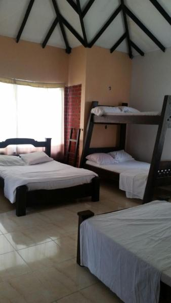 Hotel Pictures: Condominio Villa Karen, Alcalá
