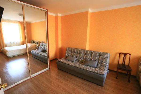 Фотографии отеля: Apartments on the Shepetkova st. 40, Владивосток