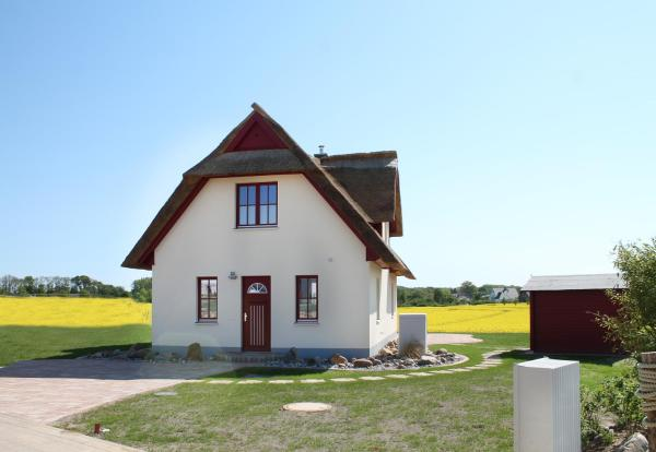 Hotel Pictures: Ferienhaus Hohe Düne, Zierow