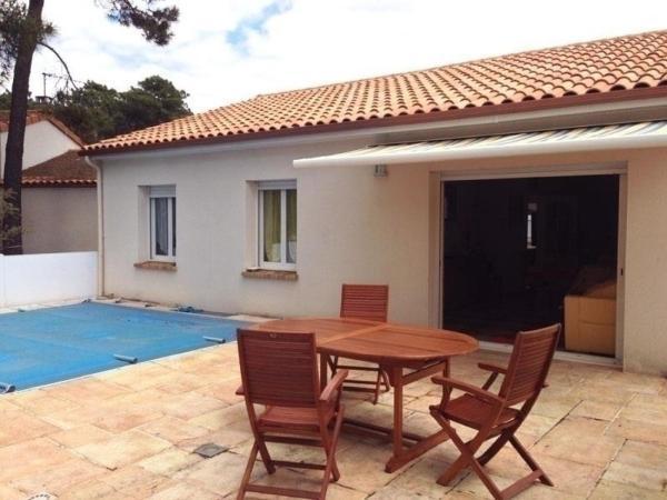 Hotel Pictures: Rental Villa Avec Piscine Privative, La Tranche-sur-Mer