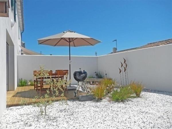 Hotel Pictures: Rental Villa Ile De Re Loix Villa L avocette, Loix