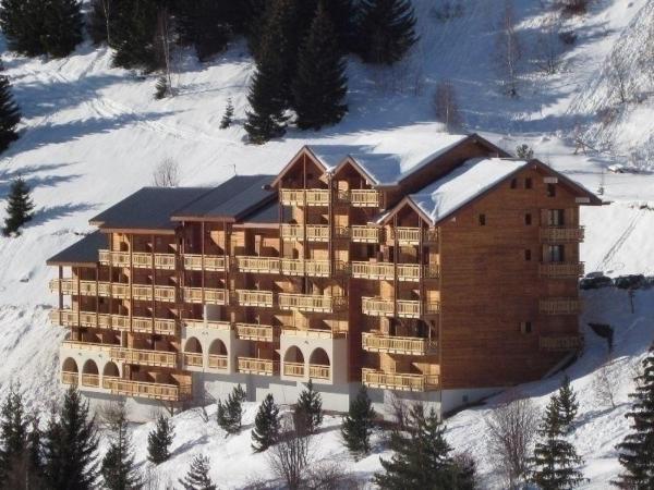 Hotel Pictures: Rental Apartment Meije I 3, Auris