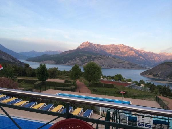 Hotel Pictures: Camping La Viste, Rousset