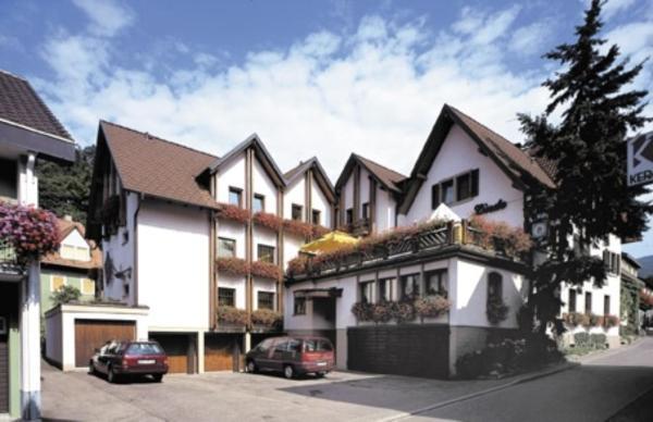 Hotel Pictures: Gasthaus Pension zur Linde, Lauf