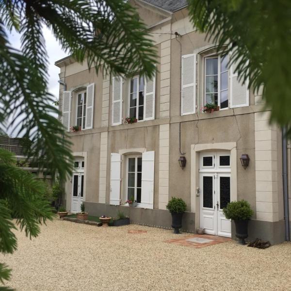 Hotel Pictures: Villa des Glycines, Thouars
