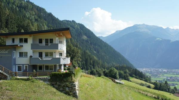 Fotografie hotelů: Bergblick, Finkenberg