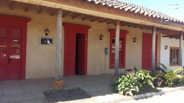 Фотографии отеля: Hostal La Rampa B&B Vichuquen, Vichuquén