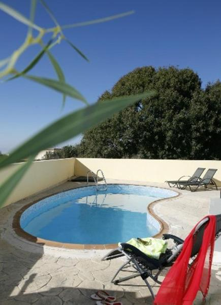 Hotel Pictures: Pervoles Villa, Pano Arodes