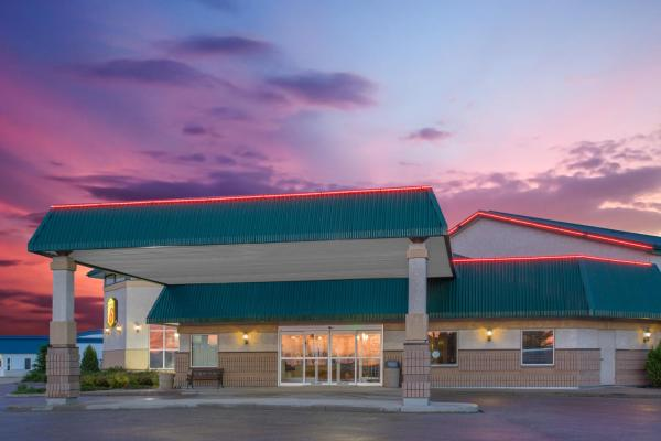 Hotel Pictures: Super 8 Portage La Prairie, Portage La Prairie