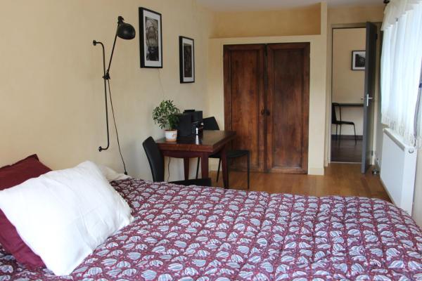 Hotel Pictures: L'Alisier Chantant, Bourron-Marlotte