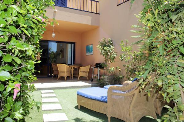 Hotel Pictures: Cozy Duplex house, Meloneras