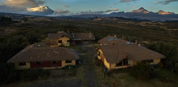 Hotel Pictures: Chilcabamba Lodge, Machachi