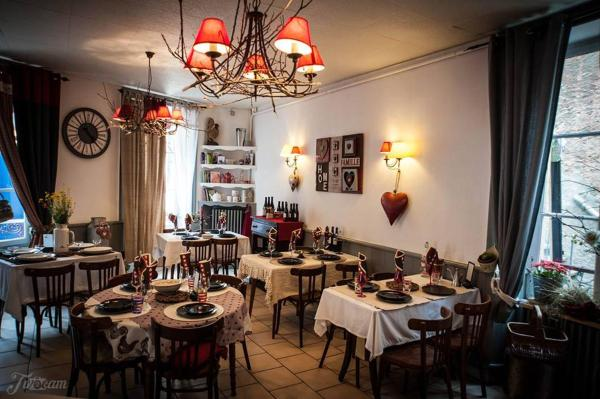 Hotel Pictures: Le CM, La Bourboule
