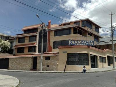 Hotel Pictures: Quito Familiar Inn, Quito